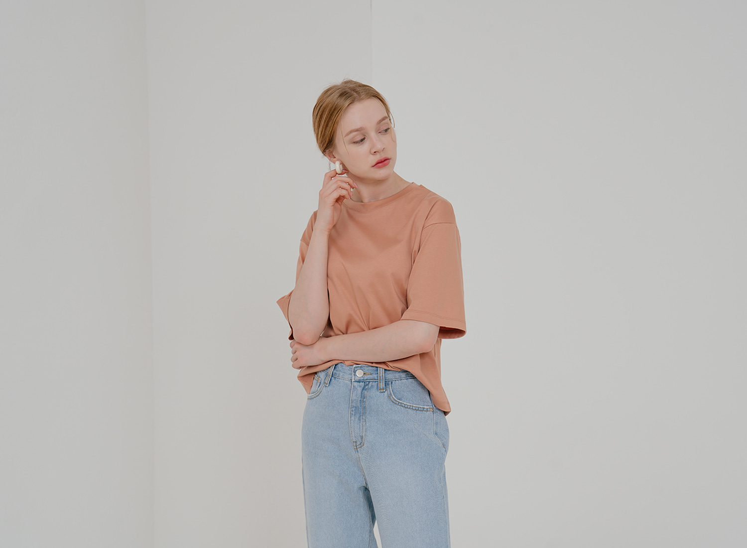 Wide Sleeve Semi Crop T-Shirt